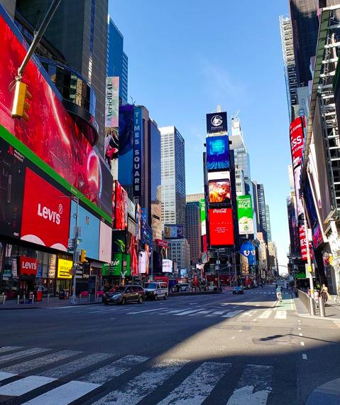 Пустые улицы Нью-Йорка-10