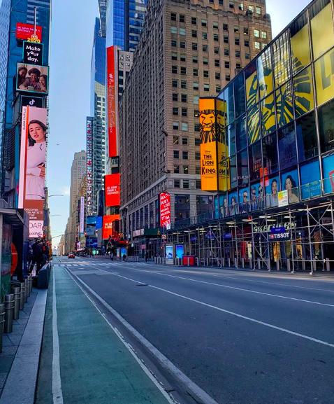 Пустые улицы Нью-Йорка-14